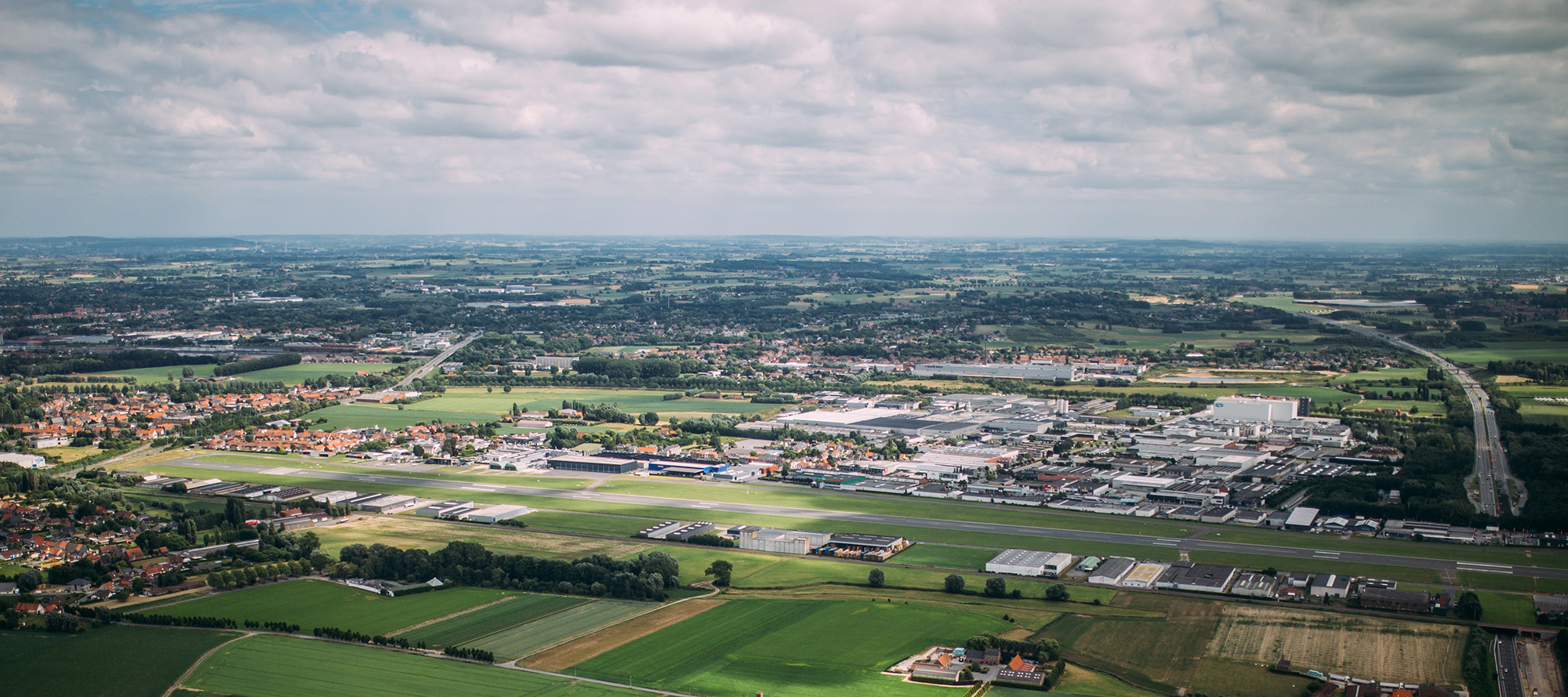 Luchtfoto Vliegveld Wevelgem